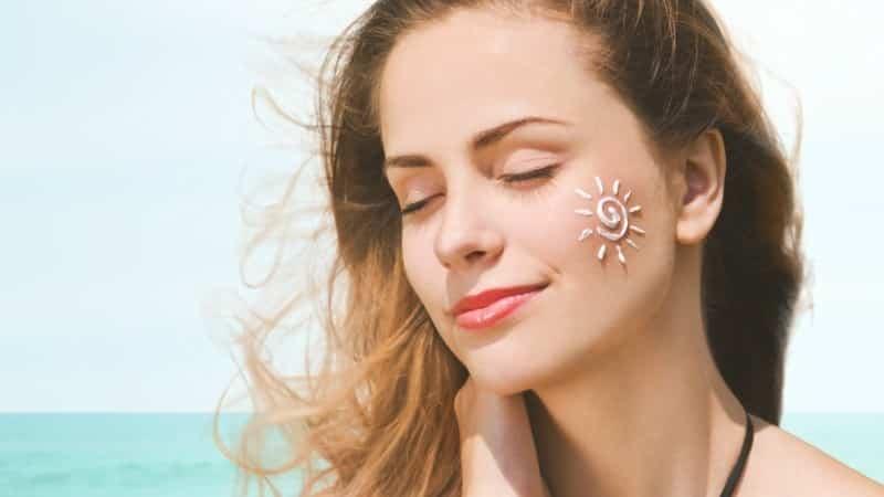 kem chống nắng giúp ngăn ngừa lão hóa