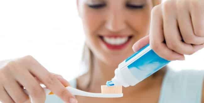 chọn kem cóflour ngừa sâu răng