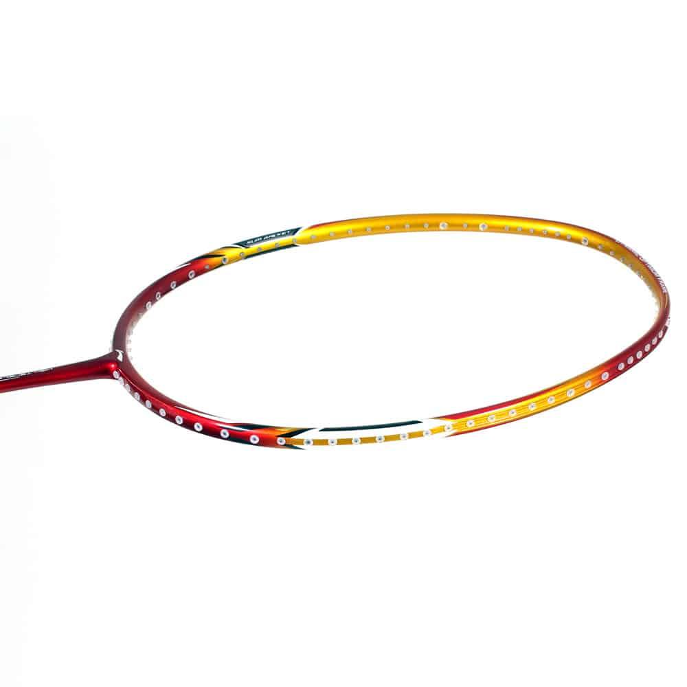 Hình dạng khung vợt cầu lông
