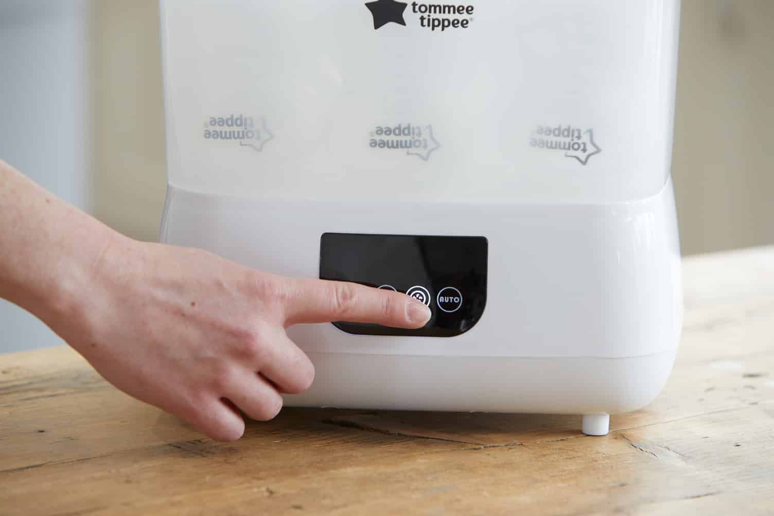 Các bước chọn máy tiệt trùng bình sữa tốt nhất cho bé?
