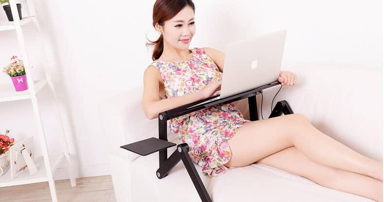 kiểm tra chất liệu bàn laptop