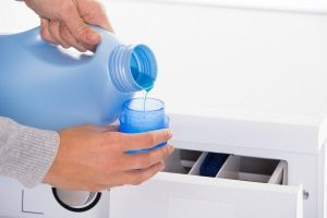 nước giặt tay hay giặt máy