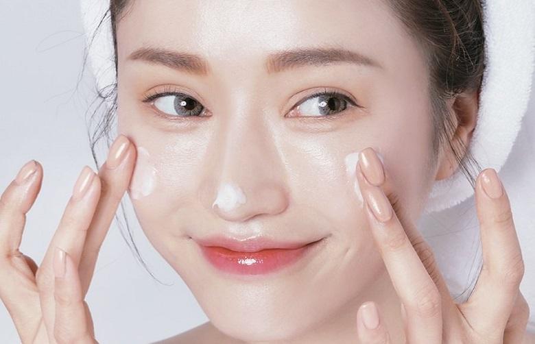 Lời khuyên dưỡng ẩm để có làn da khỏe đẹp