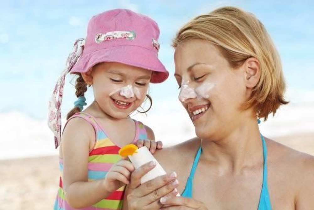 chọn kem chống nắng eucerin cho trẻ em
