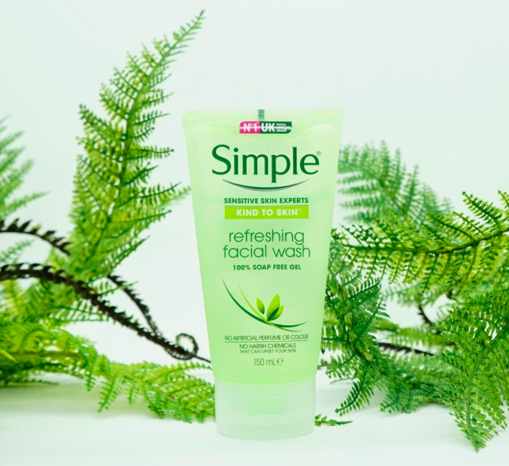 thiết kế simple kind to skin refreshing facial wash gel