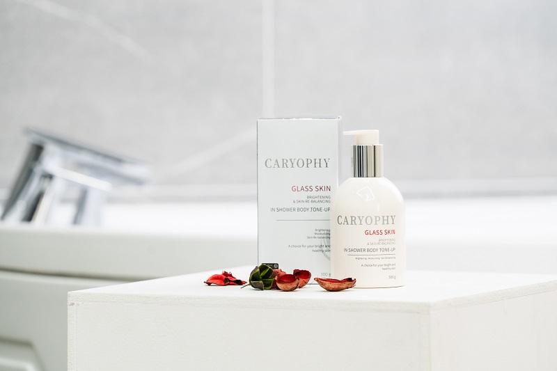 Glasskin Caryophy bảo vệ và cấp ẩm và nuôi dưỡng làn da một cách hiệu quả