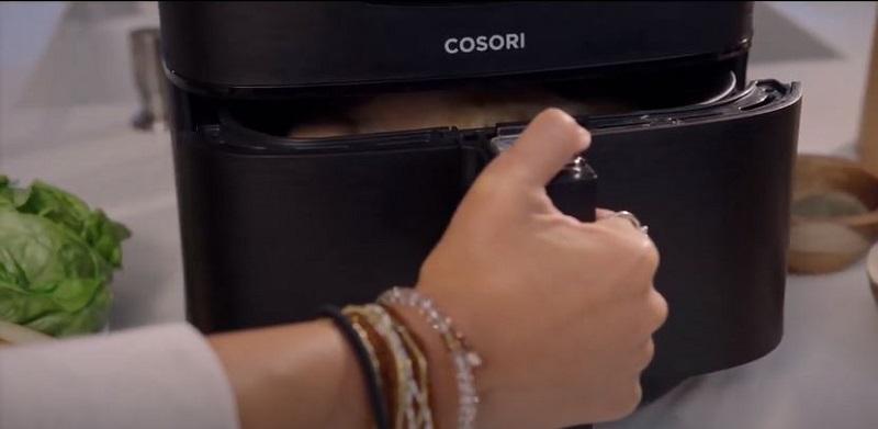 Nồi chiên không dầu thương hiệu Cosori có khả năng tự động tắt trong 3 phút
