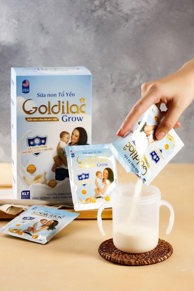 Pha sữa non với sữa công thức