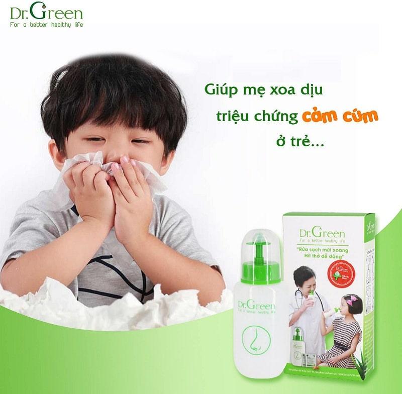 Rửa mũi bằng sản phẩm bình rửa Dr Green mang đến sự thoải mái cho các bé