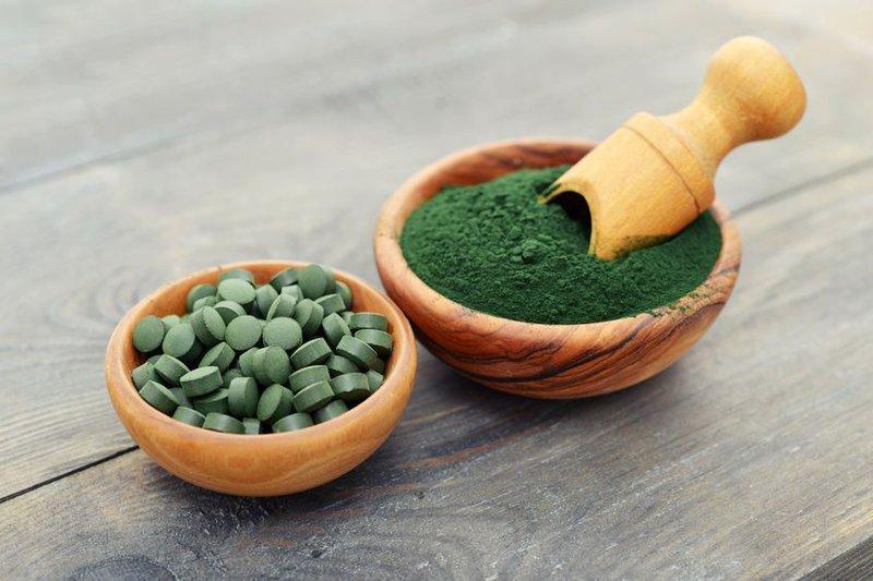 Sản phẩm có chứa đến khoảng 80% bột Tảo Spirulina – loài tảo sở hữu dinh dưỡng lớn nhất