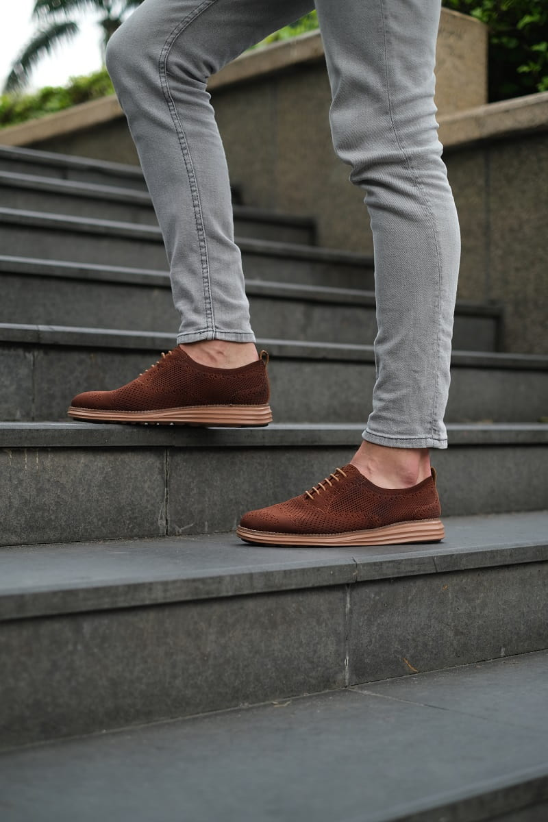 Sử dụng giày Cafe SHOEX đi nắng án toàn không lo tia UV gây hại