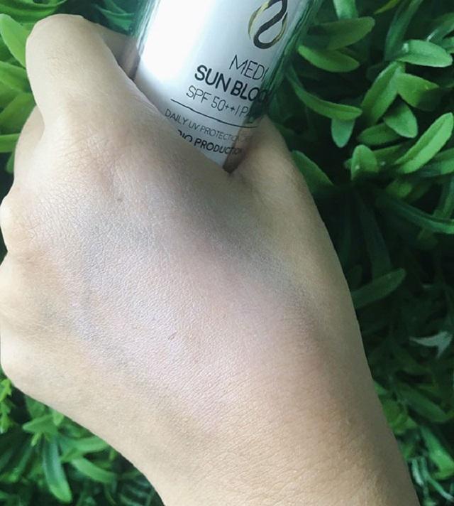 Kem chống nắng giúp nâng tone da trắng hồng rạng rỡ